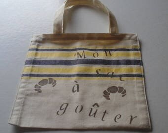 Small bag to enjoy for the comeback stencils on fabric