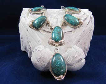 Native American Navajo Jessie Claw Sterling Silver Turquoise Pendant Necklace.