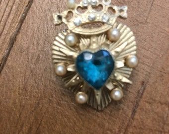 Vintage Goldtone Coro Heart with Crown Brooch. Turquoise heart shaped Center stone