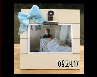 Birth Date - Birthday - Special Date/Day Custom Made - New Baby Birth Announcement - Family Gift - Picture/Photo Clip Frame - Pregnancy