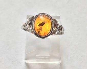 Vintage Estate Sterling Silver petite Amber Ring size 6