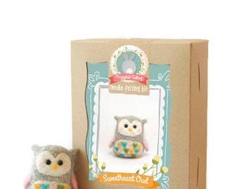 Complete Needle Felting Gift Set DEAL!  Best Starter Set + Your Choice Animal Felting Kit // Needle Felt for Beginners // Cute Crafting Gift
