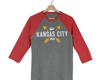 KC ARROWS Gray/Red Sleeve