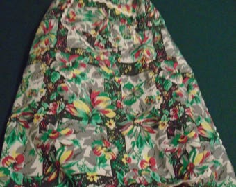 Vintage 1950's Apron With Multicolor Floral Pattern