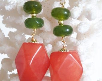 Silver earrings with agate carnelian and Peridot