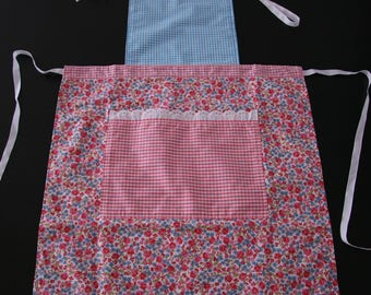Woman reversible apron
