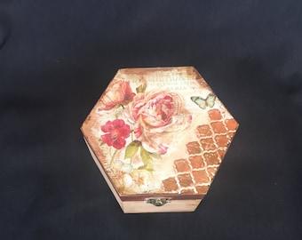 One of a kind, keepsake box, wooden box, decoupage, shabby chic box, floral, vintage box, roses, jewellery box, keepske box