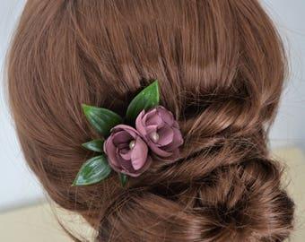 Purple flower hair clip, bridesmaid hair clip, purple hair flower, leaf hair clip, flower hair accessory