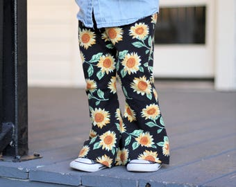 Baby Girl Sunflower Bell Bottoms, Vintage Floral Bell Bottoms, Girl Flower Pants, Baby Sunflower Pants, Boho Baby Clothes, Hippie Baby Pants