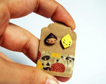 Studs chestnut and yellow leaf in fimo-Kawaii Collection Autumn