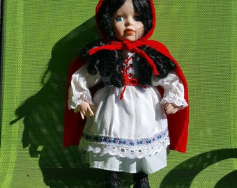 Red riding hood porcelain doll/fairy tale doll/doll with costume/collection doll/Vintage doll
