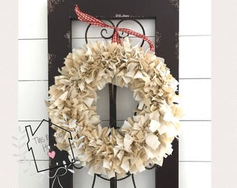 Rag wreath // neutral rag wreath // wreath // farmhouse decor // farmhouse wreath