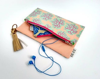 Fold-over clutch bag with seaweed print