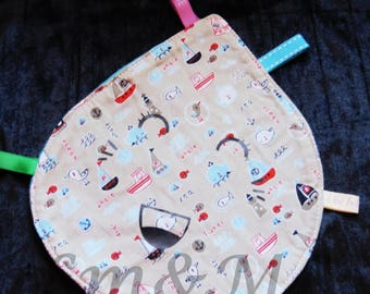 drop shaped taggy blanket