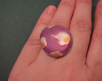 ring cabochon out of glass, fried egg
