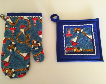 Quilted Nautical Oven Glove and Pot Holder Set, Sailboats, Coastal Decor