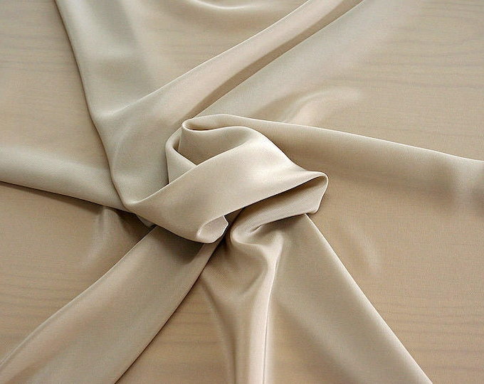 301007-Chinese natural silk crepe 100%, width 135/140 cm, made in Italy, dry cleaning, weight 88 gr