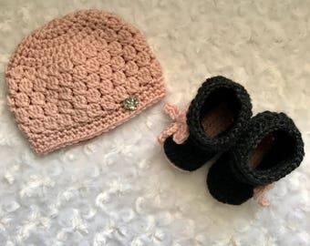 newborn bootie and hat set