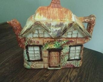 Vintage Ye Olde Cottage Teapot