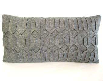 Gray throw pillow / Felt pillow / Handmade / Geometrical pattern