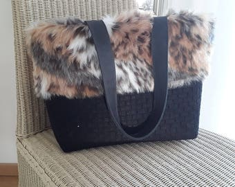 Felt bag black with fake pur fur brown-shopper-fine wool felt-L32cm B20cm H28cm-with handle height 48inch-2 inner Pockets