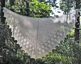 Shawl. Knit shawl. Lace shawl. Lace knit shawl. Lace knitted shawl. Peach.Melon.Orange.