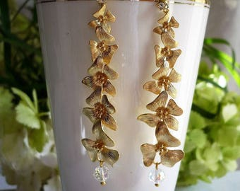 Flower plated waterfall earrings gold