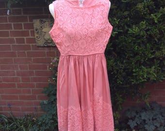 Robe de bal rose saumon d'années 1950/60