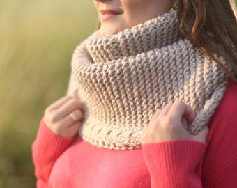 Knit snood Knit cowl Beige cowl scarf Knitted neck warmer Beige knitted cowl Beige neck wrap Beige neck warmer Infinity scarf Gift for her