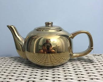 Gold Bella Lux Teapot Holiday Collection