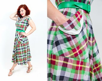 1940s Plaid Day Dress with Collar - Small