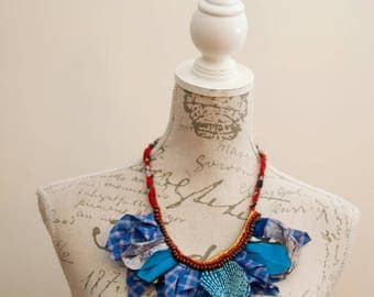 Africanprinted red & blue necklace with beads