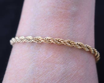 Vintage Delicate Interlocking Chain Link Chain Mail Bracelet Gold Tone Signed Park Lane 7.5""