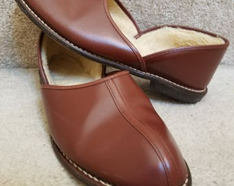 Vintage Grecian Split Cowhide Brown Leather Shearling Lined Mens House Slippers Size 9