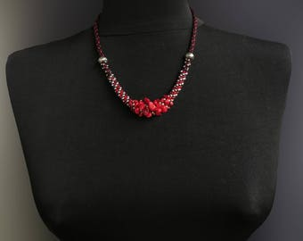 Necklace with red coral