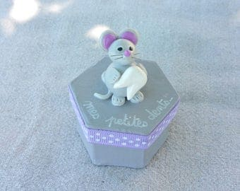 teeth grey hexagonal box with little mouse (violet tone)