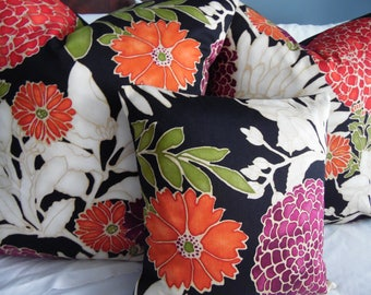 Large Floral Print.Pillow Covers.Slip Covers.Home Decor Pillows.Designer Pillows.Toss Pillows.Floral Slipcover.Pillow Sham.Floral Lumbar
