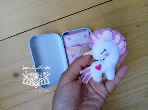 Unicorn Altoids Tin Toy