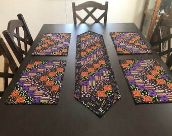 Halloween Table Runner and Place-mat set ***FREE SHIPPING***