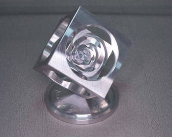 Aluminum Turner's Cube / Spinning top stand