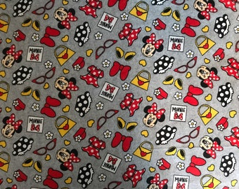 Adorable Totally Minnie 100%  Cotton Fabric For The Disney Lover!    I Can Also Make A Blanket From This Material If You Want. Contact Me