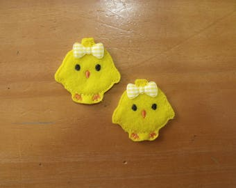 CUT Pair of machine embroidered felties, felt appliques - Baby Chick Chicken for Hair Clips, Hair Bows, Scrapbooking Card Making Badge Reels