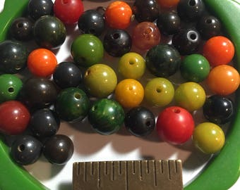 40+ assorted vintage bakelite beads 7-10mm  #A