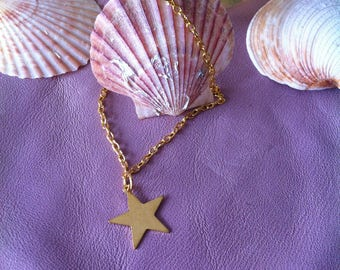 Bracelet gold tone star