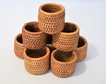 Vintage Set of 8 Wicker Napkin rings