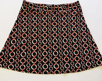 Red/Gray Chains on Black Light Weight Stretchy Knit Skirt A-line Cut Skims over Hips Hidden Adjustable Tie in Waist Band