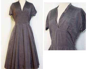 1950 Gray Sateen V Neck Dress
