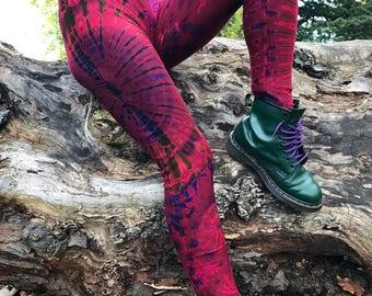 Red tie dye leggings, yoga leggings, grunge, funky leggings, colourful leggings, hippie clothing, bohemian clothing