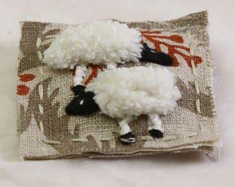 Fabric brooch - textile brooch - sheep brooch - fabric pin - textile pin - embroidered brooch - sheep pin - animal brooch