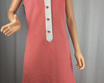 Casual and Comfortable 1960s Dress